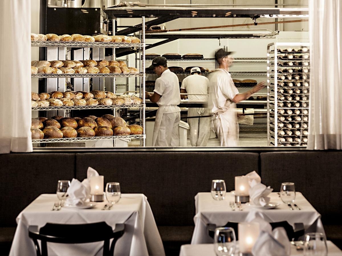 bread-window3